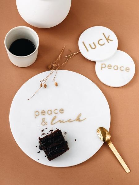 MİNVAL  Peace and Luck Yazılı Tabak
