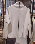 A HIDDEN BEE Contrast Line Sweater