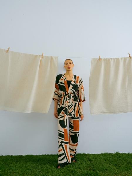 HIP+HAPPEN  Paloma Kuşaklı Kısa Kimono